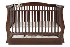 BabyStyle Hollie Cot Bed Rich Walnut FREE Deluxe Spring Mattress